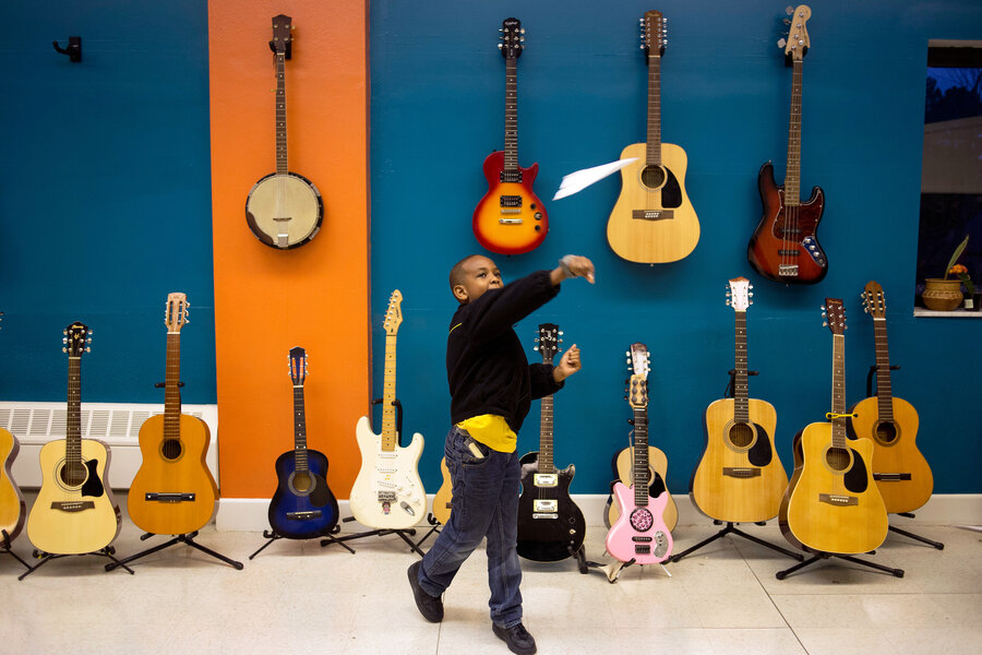 Free Music Lessons Strike A Chord For At Risk Kids Npr