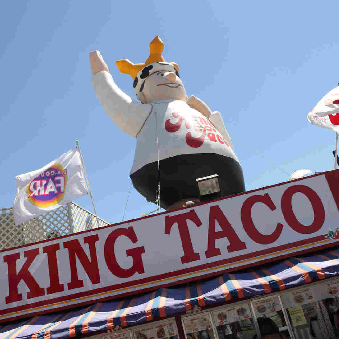 A Politician Walks Into King Taco ... A Look At The Political Term 'Hispandering'