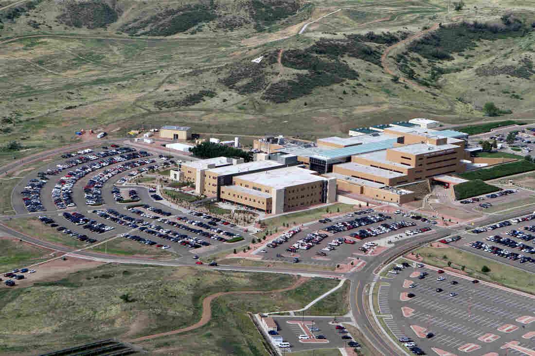 Community Hospital Angkatan Darat, yang mewakili pangkalan militer di ...