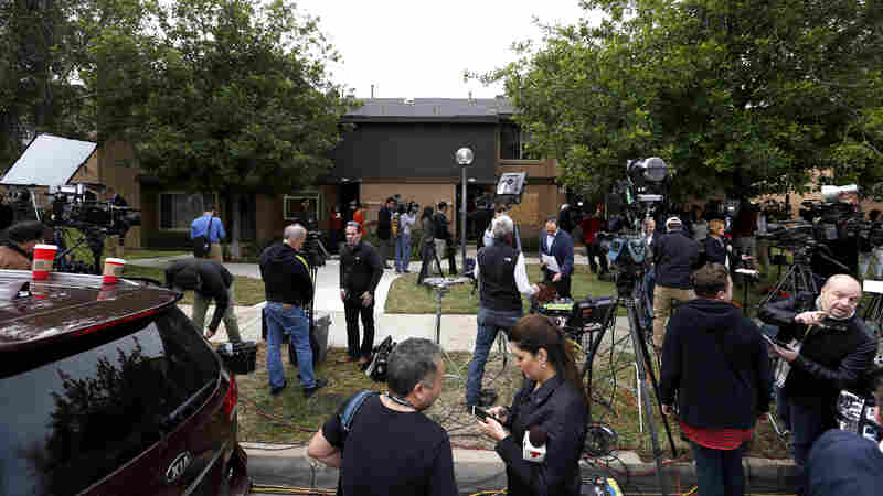 Frenzied Media Pore Over Home Of San Bernardino Killers During Live Broadcasts