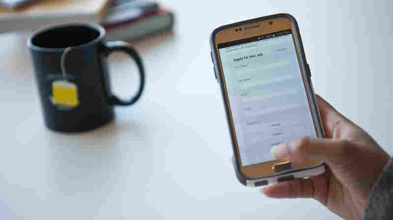 Employers are increasingly using mobile recruitment tools to make applying for jobs easier and quicker.