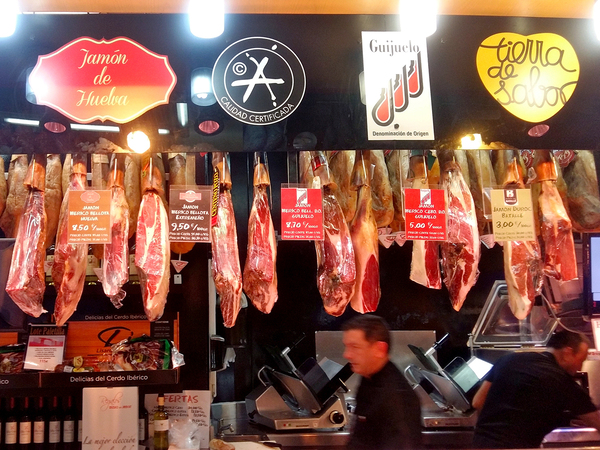 Spanish Hams Hang From The Ceiling At EmMuseo Del Jamon Em