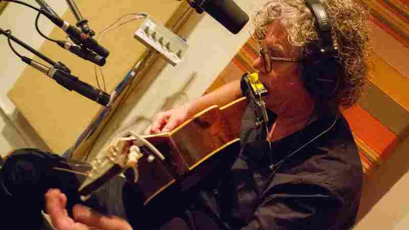 The Jayhawks, 'Quiet Corners And Empty Spaces' (Live)