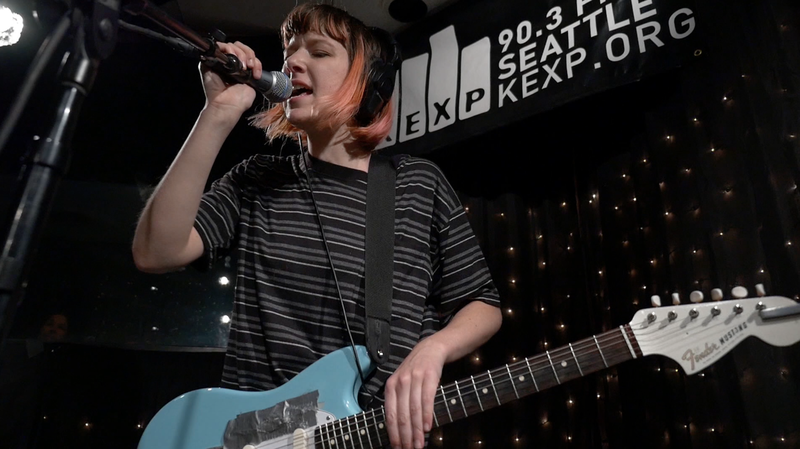 Dilly Dally, 'Desire' (Live)