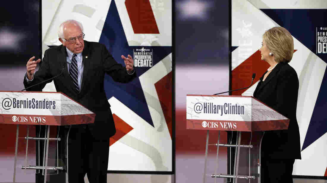 The campaigns of Bernie Sanders and Hillary Clinton sparred on Friday after a software glitch allowed the Sanders campaign to view and save proprietary data from the Clinton campaign.