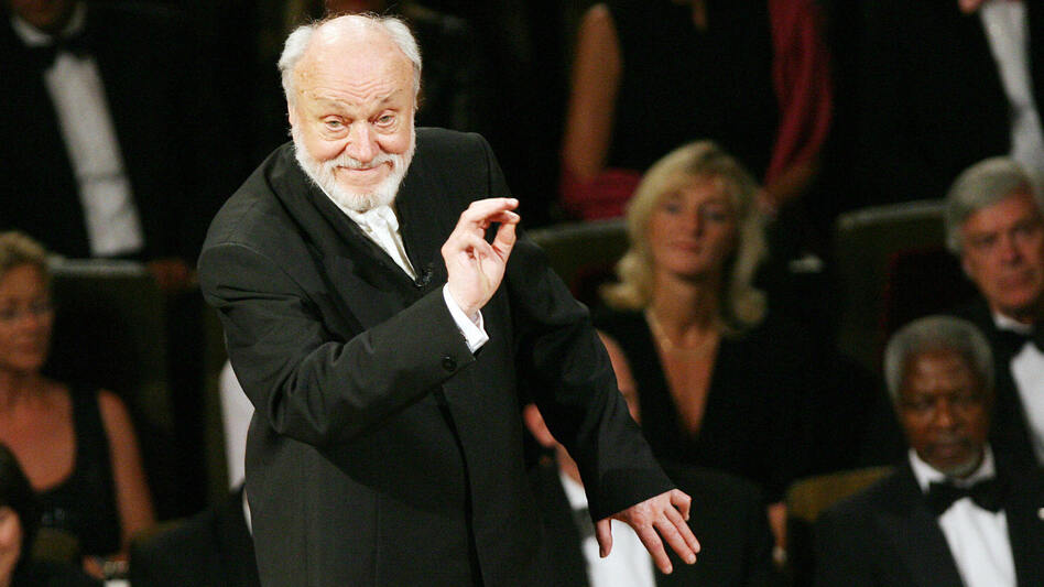 Conductor Kurt Masur, seen here performing in Leipzig in 2007, announced in 2012 that he had been suffering from Parkinson's disease. He died at age 88.