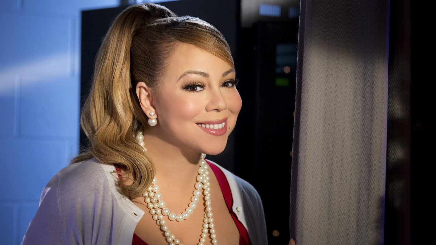 20 Things You Desperately Need To Know About Mariah's Hallmark Movie