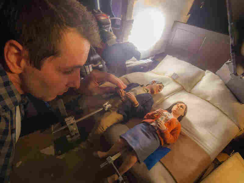 Filmmakers created eight different hotel room sets for Anomalisa. Sometimes different parts of the same scene would be animated simultaneously by different animators on multiple stages.