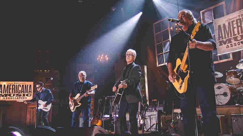 Los Lobos perform at the 2015 Americana Music Awards.