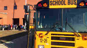 Amid Economic Recovery, School Districts Desperate For Bus Drivers
