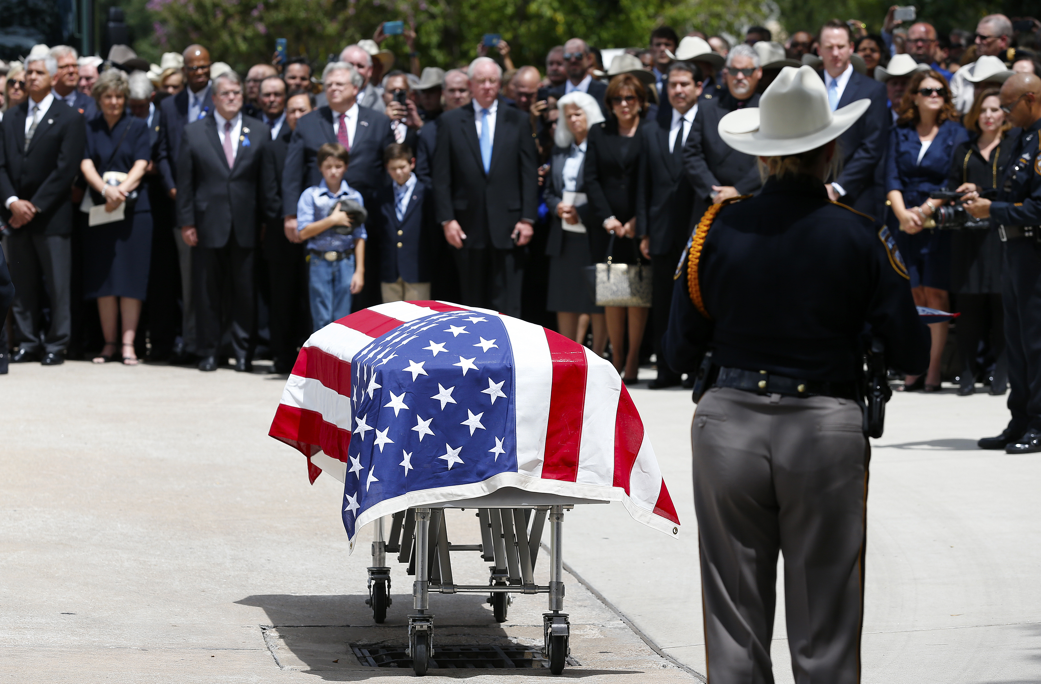 Number Of Police Officers Killed By Gunfire Fell 14 Percent In 2015, Study Says