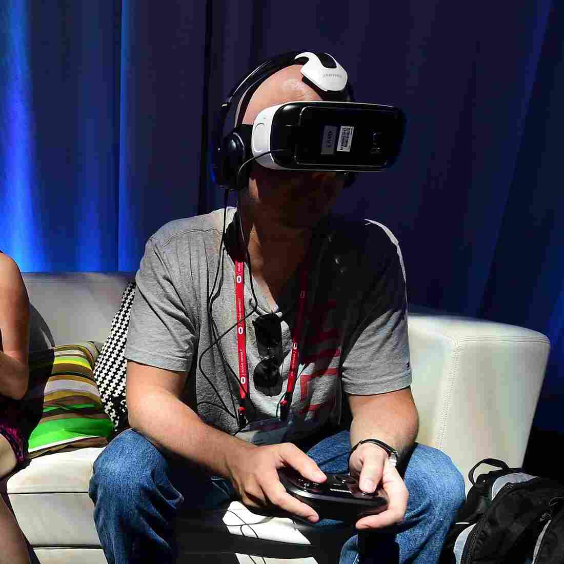 Is 2016 The Year Virtual Reality Finally Goes Mainstream?
