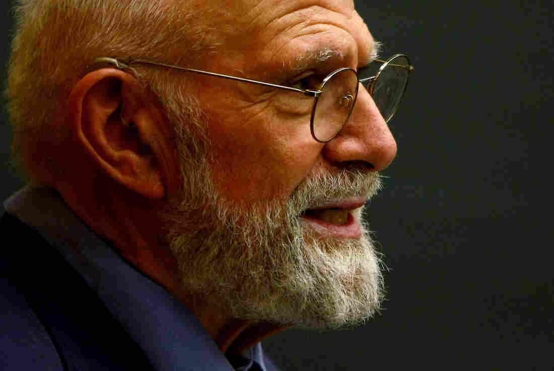 Neurologist Oliver Sacks speaks at Columbia University in June 2009 in New York City. Sacks, the author of several best-selling books, died at 82.