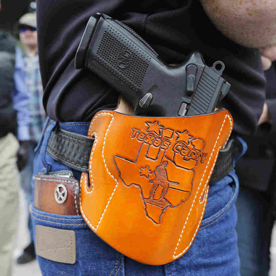 Texas Businesses Adapt To Open-Carry Law