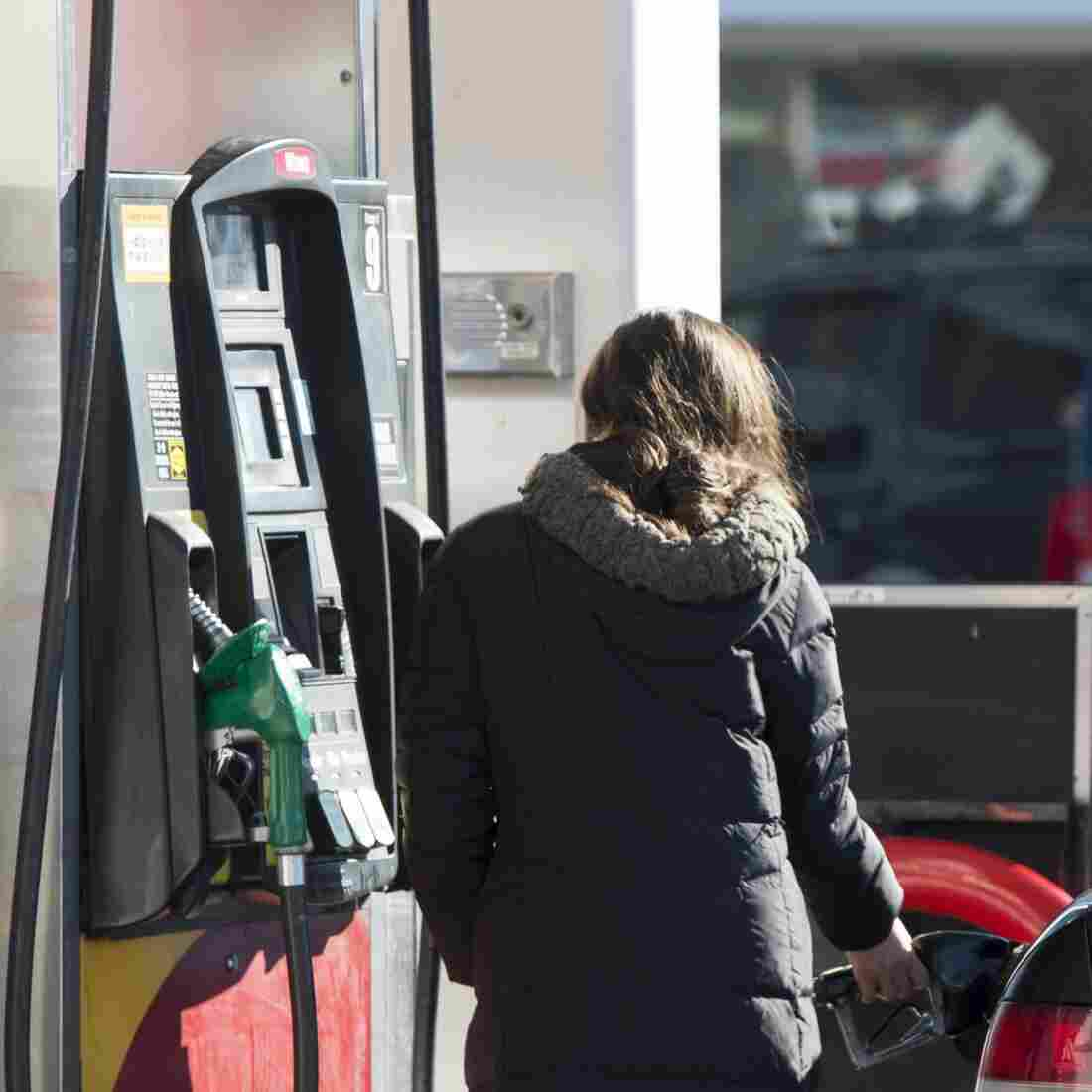 If You Like Cheap Gasoline, January May Be Your Lucky Month