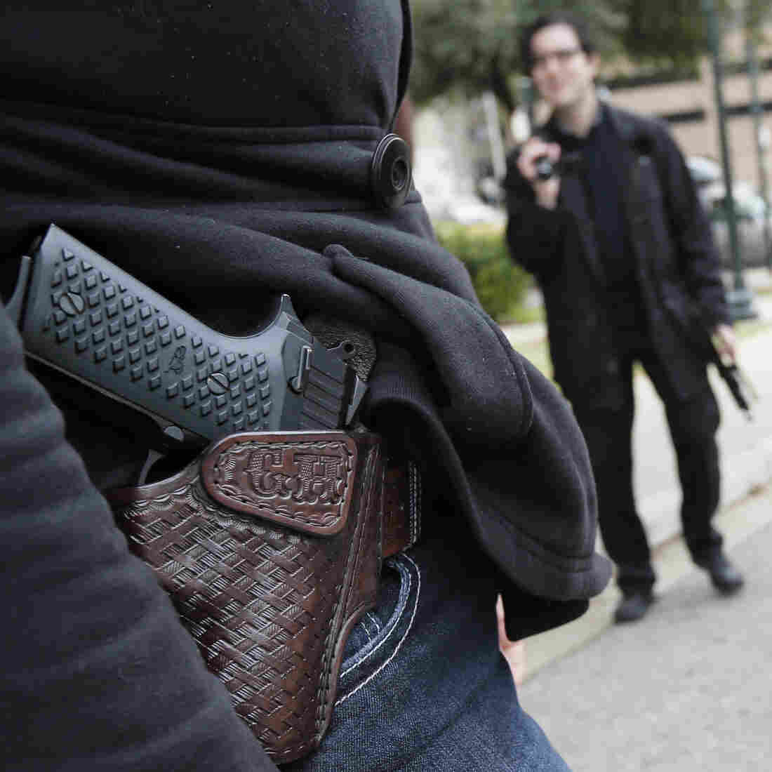 Texas' New Open-Carry Law Unpopular Among Some Gun Owners