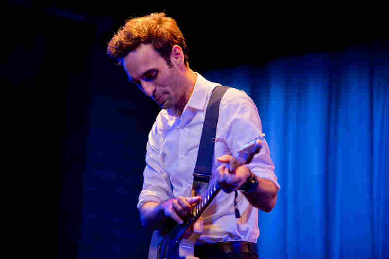 Guitarist Julian Lage presented a new trio, which will appear on his forthcoming album Arclight.