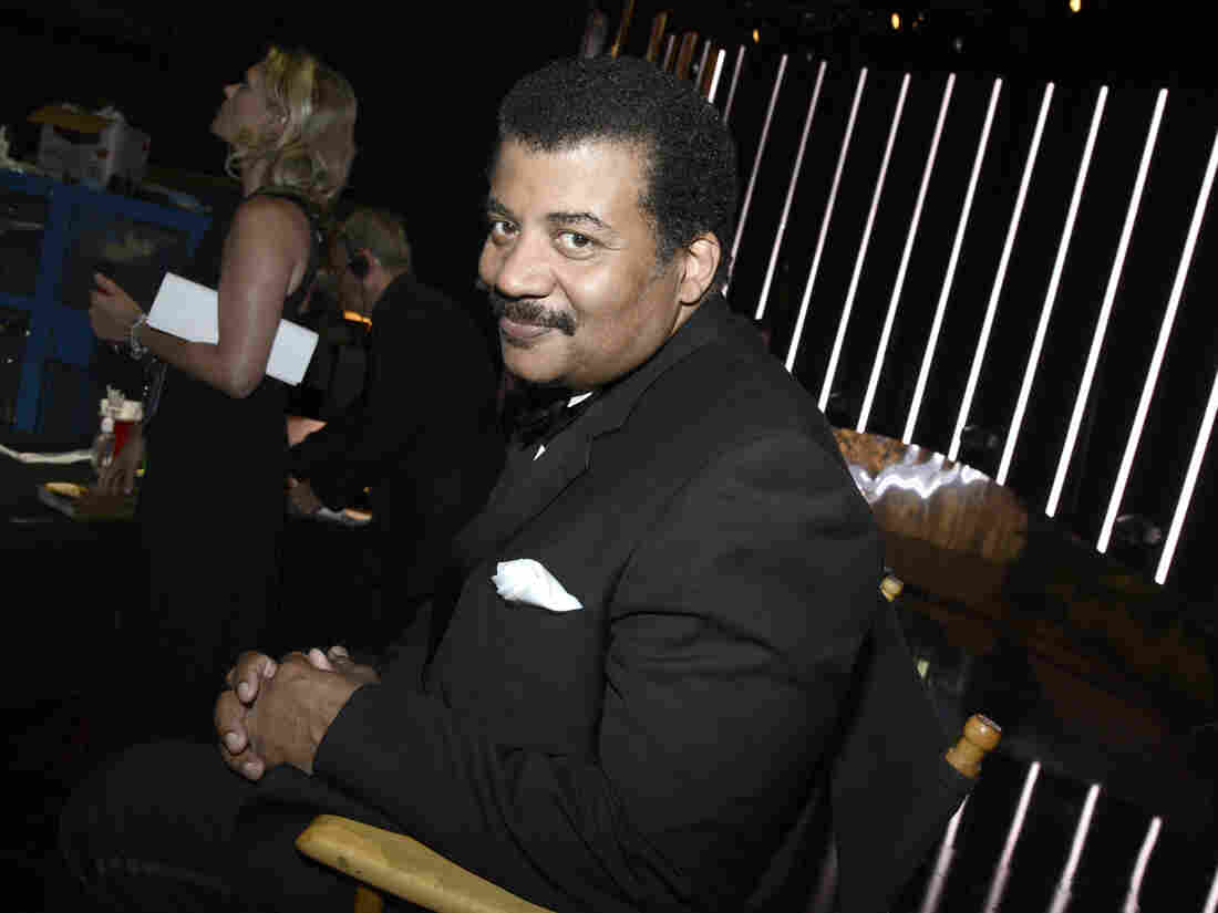 Neil deGrasse Tyson poses backstage at the Television Academy's Creative Arts Emmy Awards at Microsoft Theater on Sept. 12, 2015, in Los Angeles.