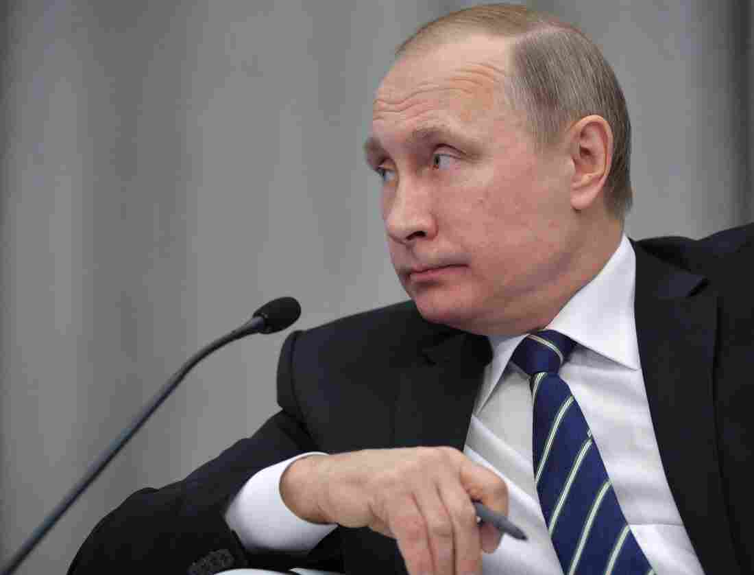 "Russian President Vladimir Putin attends a meeting in Moscow on Wednesday. A British inquiry found Thursday that he was ""probably"" responsible for the plot that killed Livinenko in London in 2006."