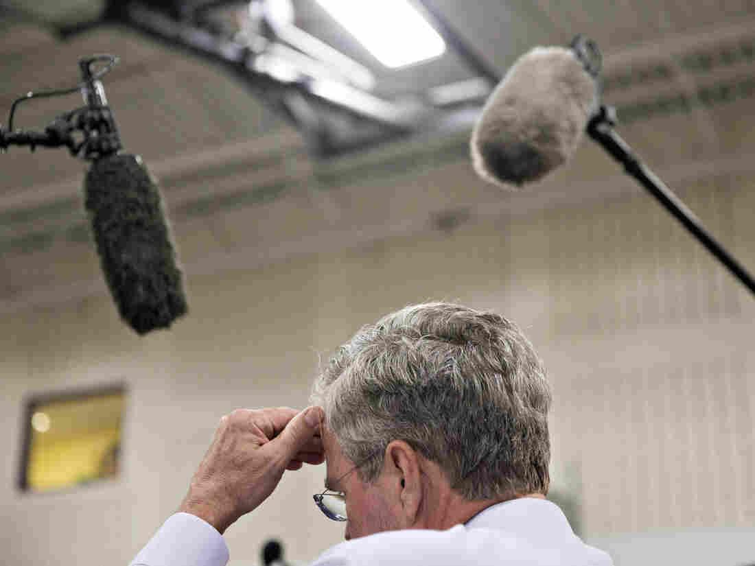 Jeb Bush pauses during an event at La Casa de Esperanza in Waukesha, Wis., in November.