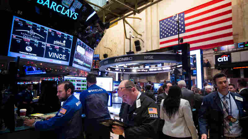 Analysts: Markets May Be Underestimating U.S. Economic Resilience