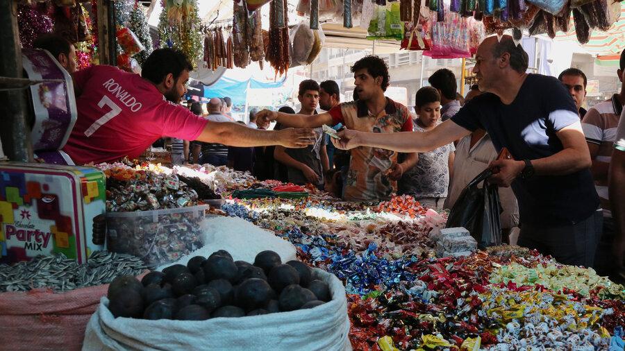 What is Iraqi home life like?