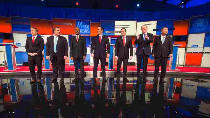 Republican presidential candidates arrive Thursday for the final Republican presidential debate before the Iowa caucus in Des Moines, Iowa.
