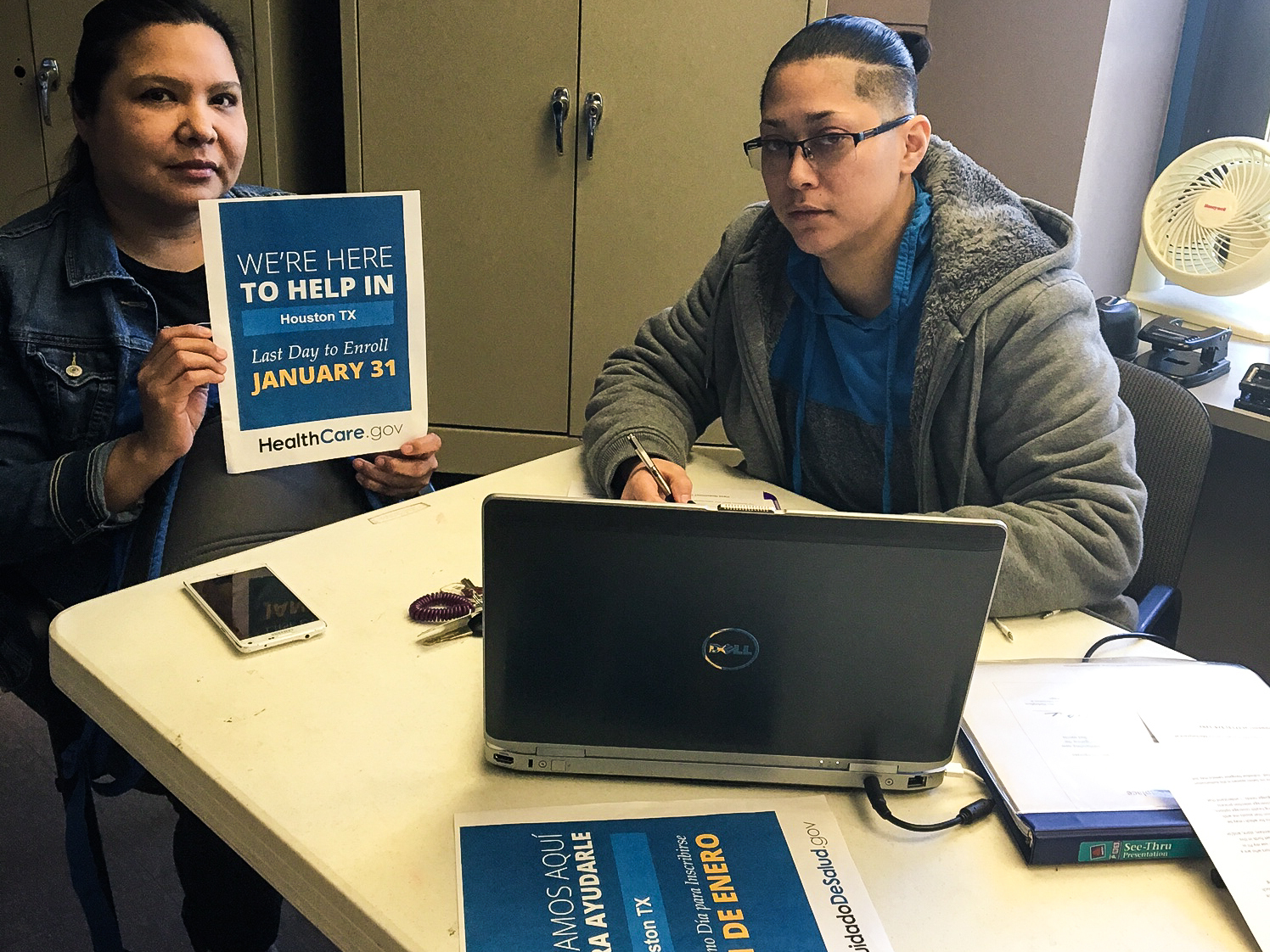 Feds Hopeful Hispanics Will Respond As Open Enrollment Comes To A Close