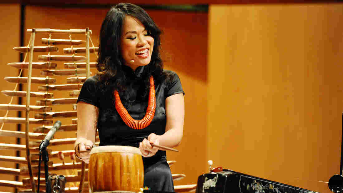 """Vân-Ánh Võ was inspired by the plight of refugees to create a concert piece called The Odyssey: From Vietnam to America."""""""
