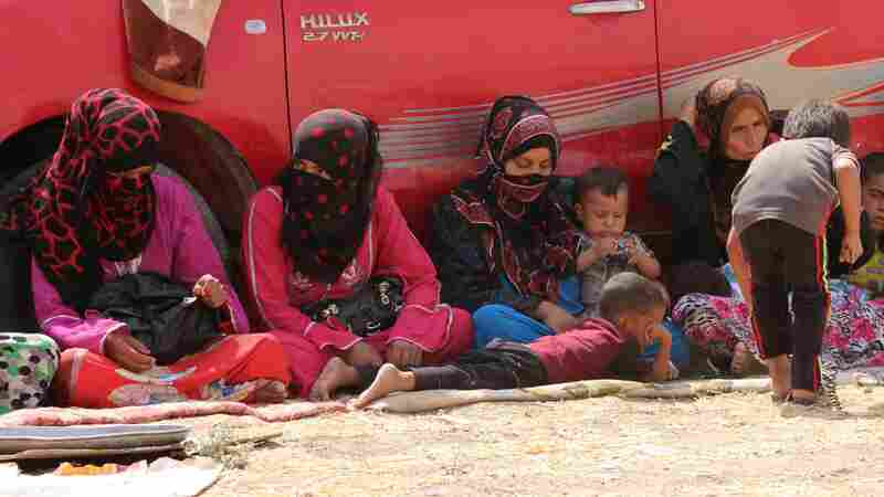 Iraqi families displaced from the areas of Hawija and Hamrin in northern Iraq traveled to Kirkuk governorate in search of safety on Aug. 31. Thousands continue to flee ISIS-held areas.
