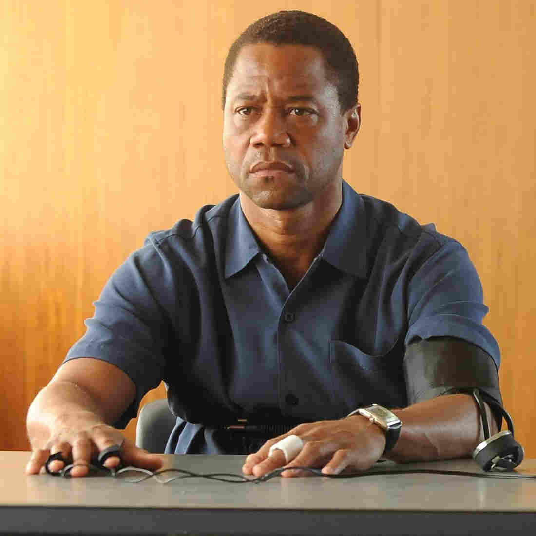 'The People V. O.J. Simpson' Bursts With Sharp Scenes, Powerful Performances