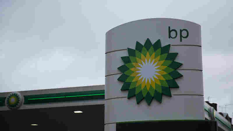 BP Earnings Plunge 91 Percent In 4th Quarter
