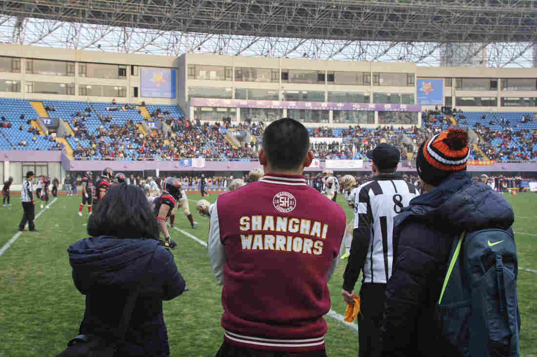 More than 3,000 fans turned out for the Shanghai championship game of the American Football League of China last month. The fledgling league of homegrown teams just finished its third season.