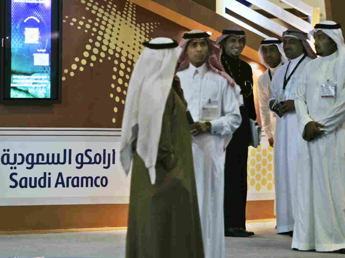 Employees of the Saudi Aramco oil company. (AP Photo/Kamran Jebreili, File)