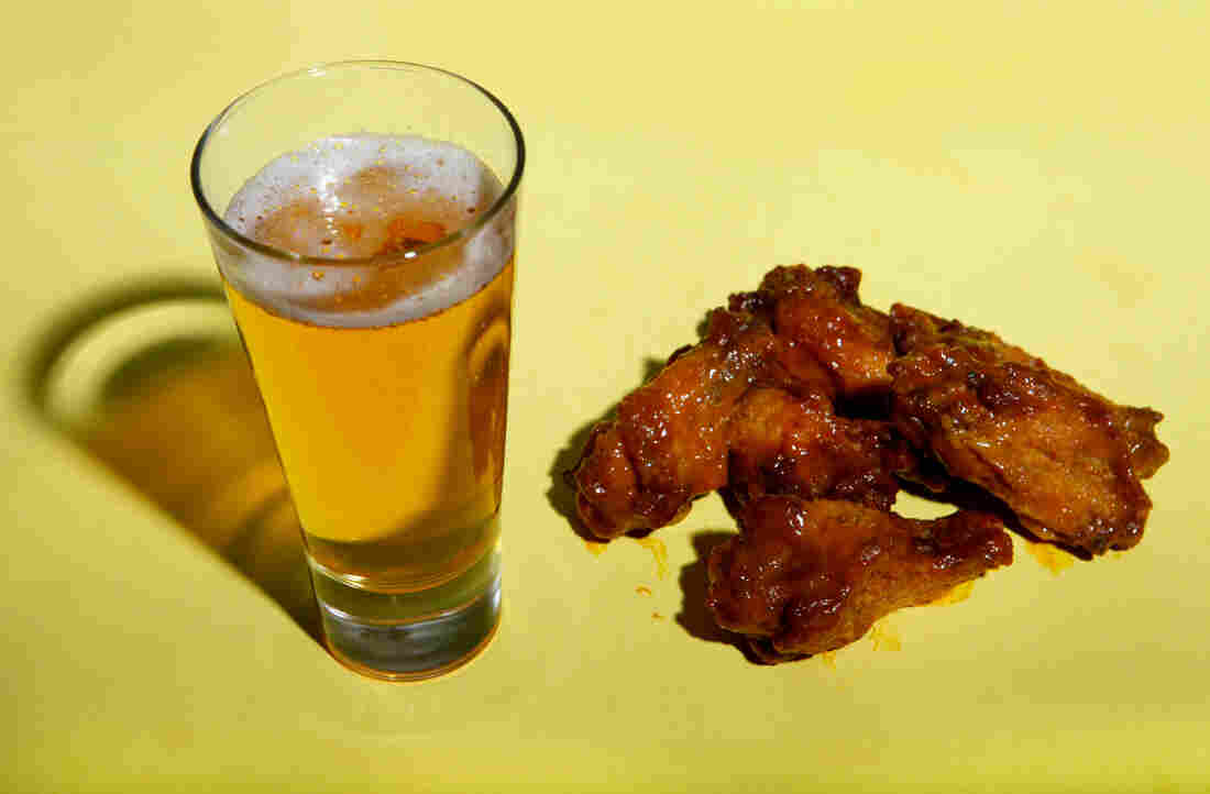 Buffalo wings paired with Mama's Little Yella Pils, from Oskar Blues Brewery.
