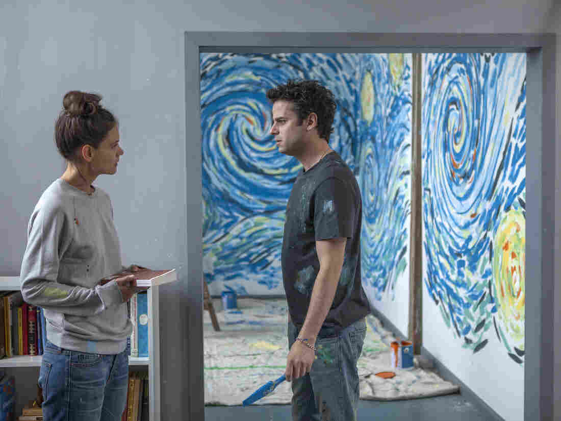 Katie Holmes and Luke Kirby play two people with bipolar disorder who fall in love in Touched With Fire.