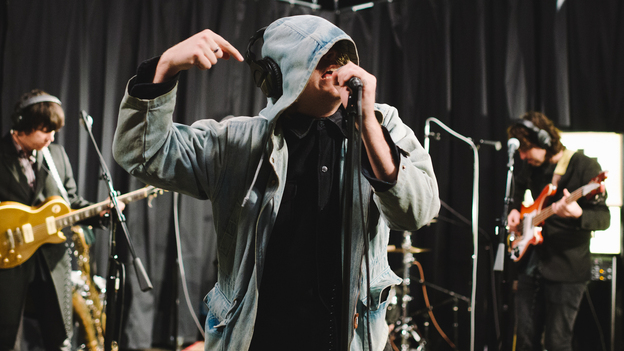 Ty Segall & The Muggers perform live on KEXP. (KEXP)