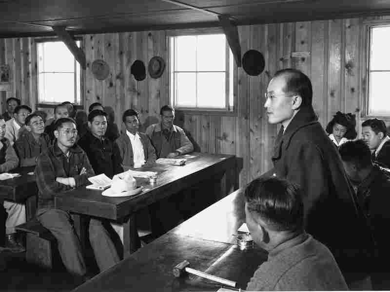 A town hall meeting at Manzanar.