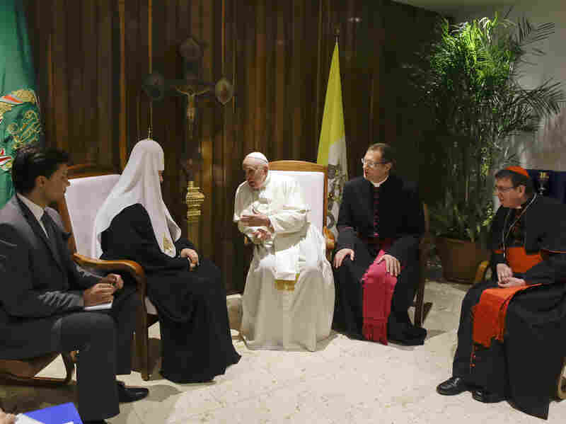 Pope Francis (center) and Russian Orthodox Church Patriarch Kirill (second from left) met Friday at José Martí International Airport in Havana.