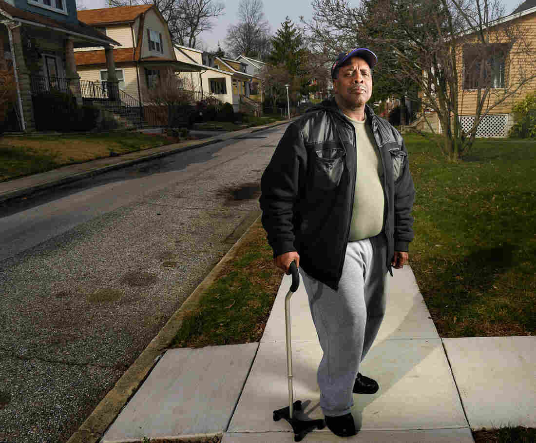 A recurring bone infection landed Robert Peace in the hospital five times after a 2004 car accident fractured a hip. He blames his readmissions on a lack of follow-up care.