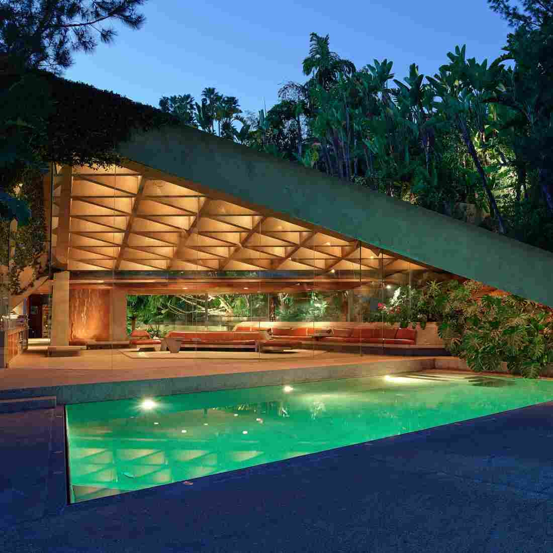 "James Goldstein has just announced that he will donate his landmark Los Angeles residence — designed by architect John Lautner --€"" to the Los Angeles County Museum of Art. ""Minimal is the word ... "" he says. ""Everything is simple and at the same time beautiful."""