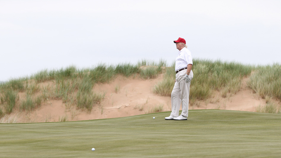 Donald Trump played a round of golf after his Trump International Golf ...