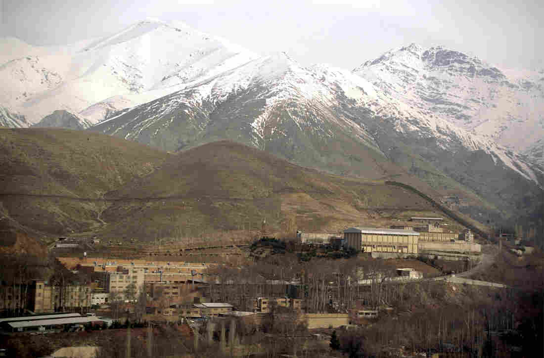 The Evin prison outside Tehran, shown here in 2004, is where prisoners including Iranian-American businessman Siamak Namazi and Washington Post journalist Jason Rezaian have been held.