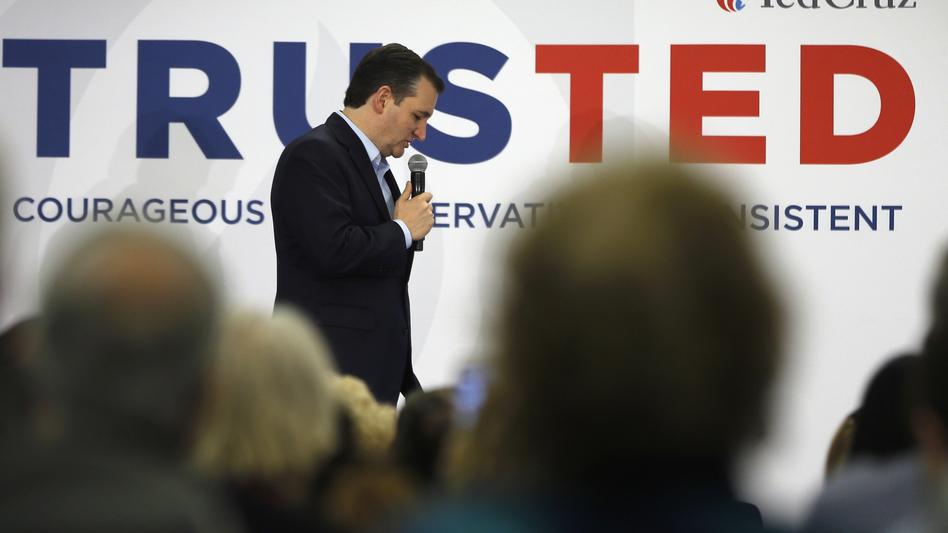 Texas Sen. Ted Cruz campaigns in Myrtle Beach, S.C. (Matt Rourke/AP)
