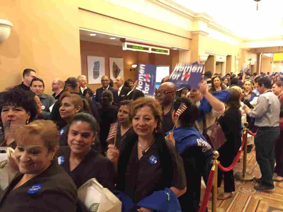 Nevadans line up for the Caesar's Palace caucus
