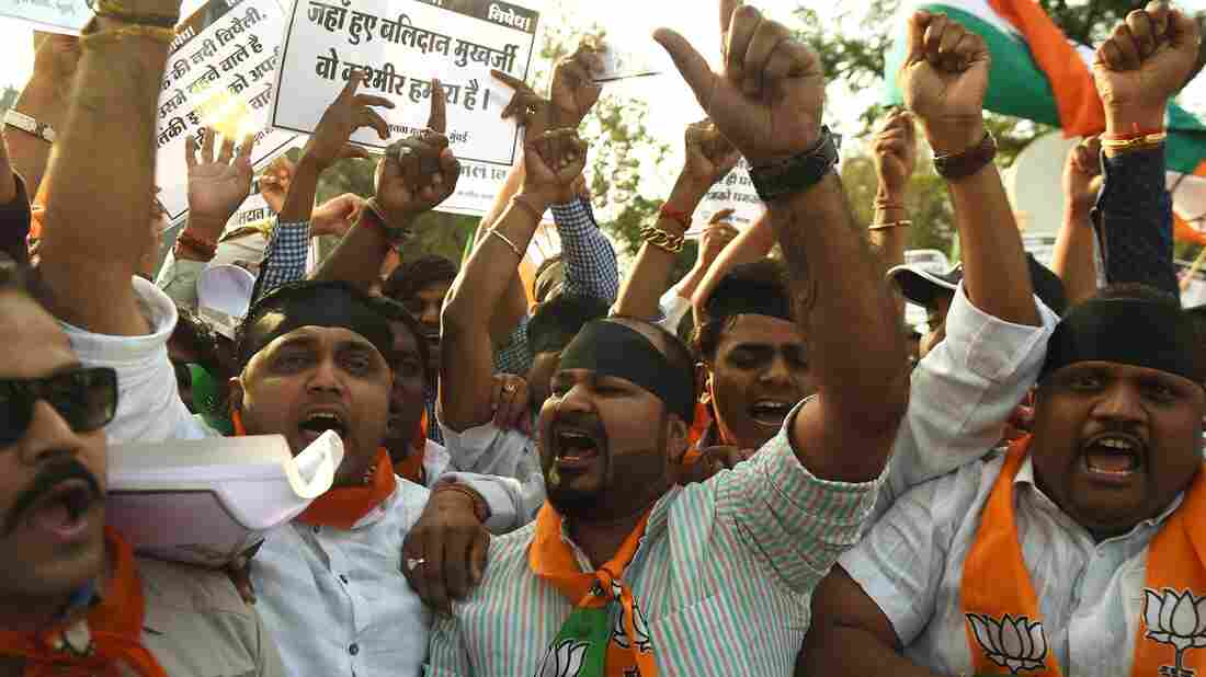 Activists from India's ruling Bharatiya Janata Party (BJP) shout slogans during a protest against the Jawaharlal Nehru University Students Union in Mumbai on Feb. 15, 2016.
