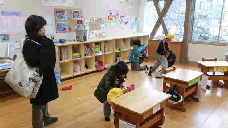 Damine Elementary School, with four desks in a combined first- and second-grade classroom, stays open primarily to teach children kabuki and keep the village tradition alive.