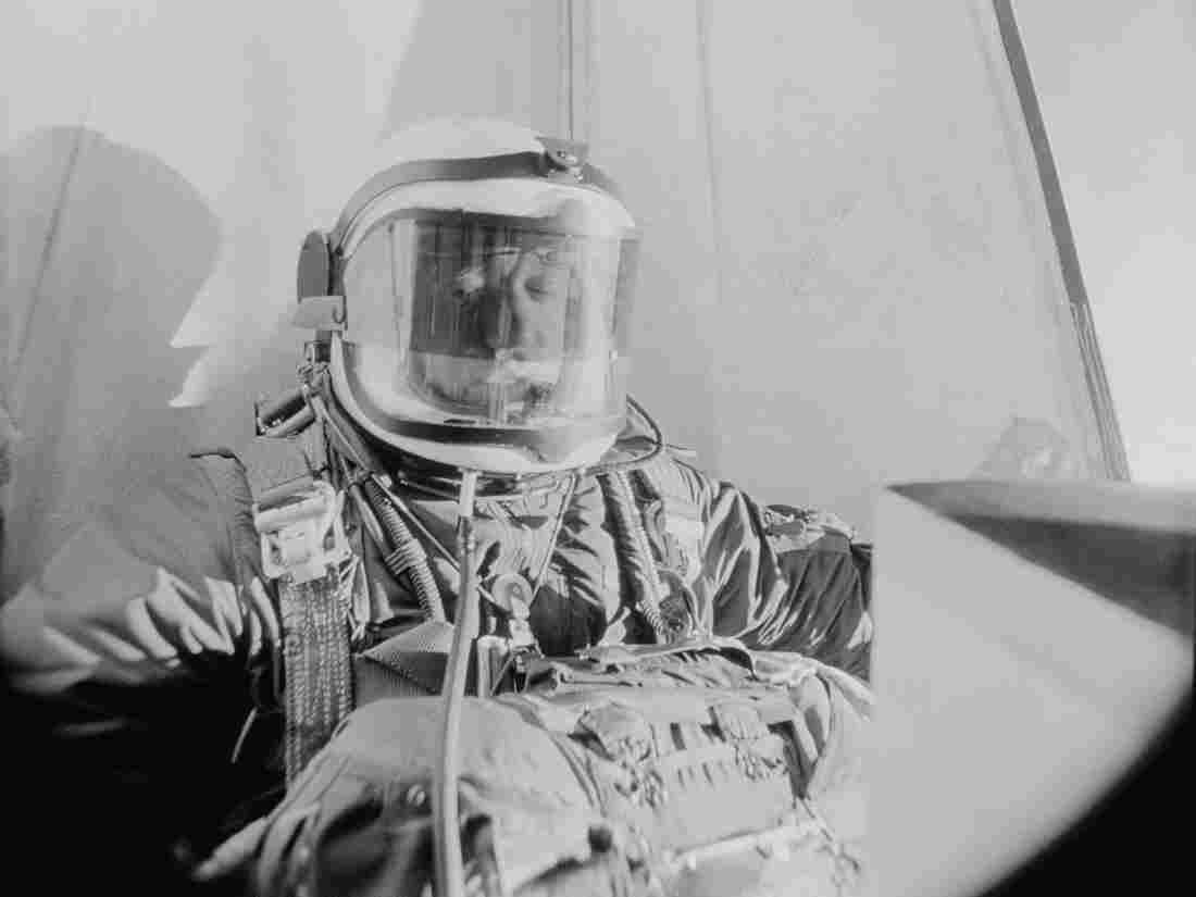 A camera in the gondola of his balloon photographs Air Force Captain Joseph M. Kittinger Jr., as he starts the jump that set his record-breaking parachute jump over southern New Mexico on Aug. 8, 1960.