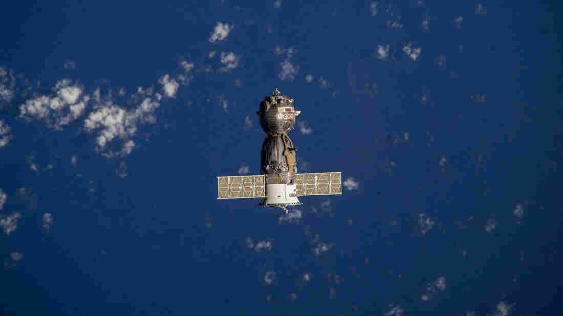 ISS crew home after record-long spaceflight