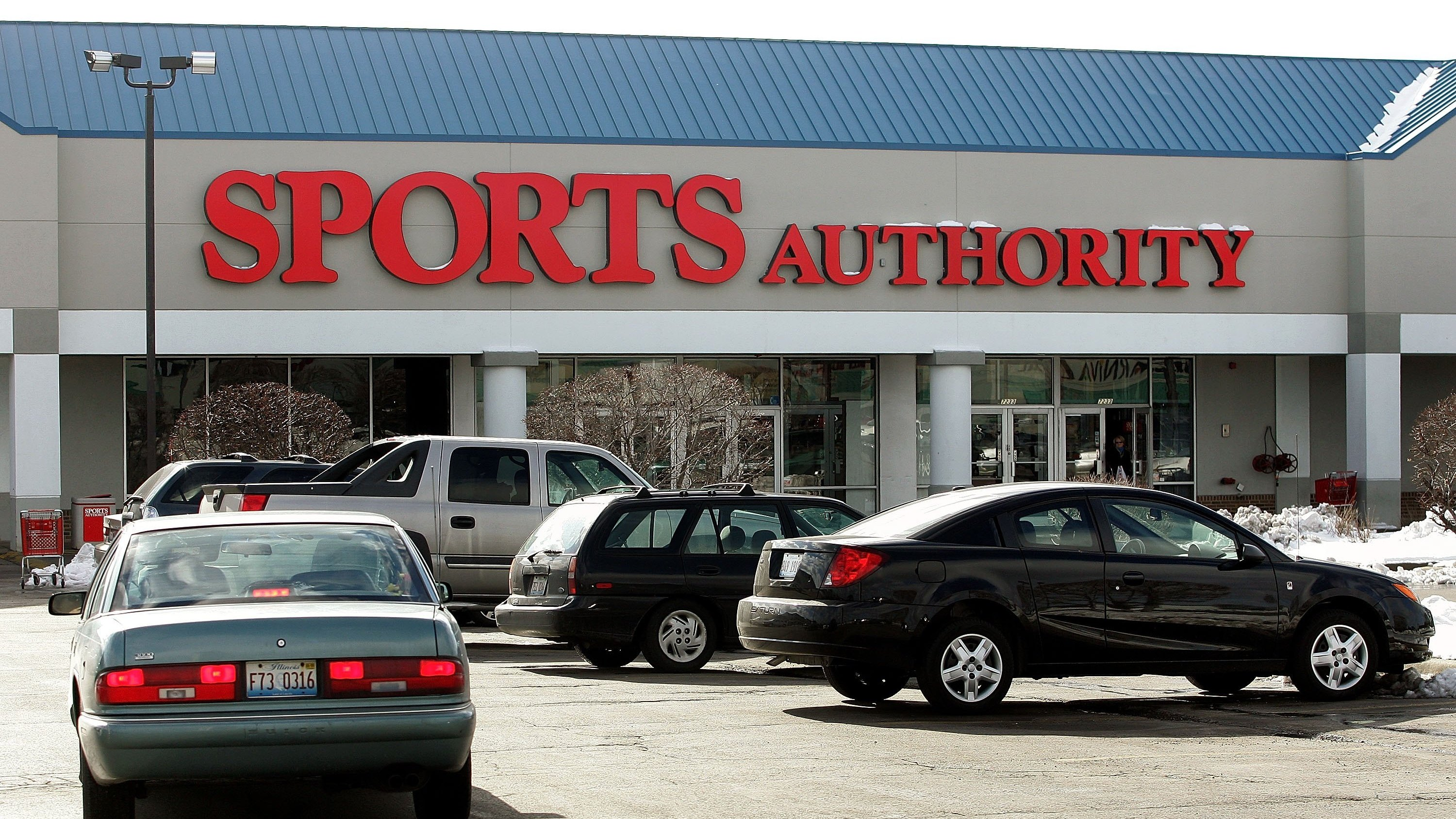 Sports Authority declares bankruptcy, lays off 3400 employees and considers selling itself